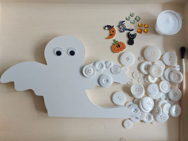 Ghoulish Button Ghost Craft Kit