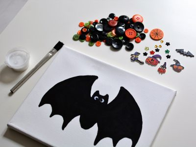 Halloween Bat Canvas Button Craft Kit